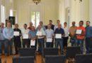 Primeira turma de taxistas recebe certificados de qualificação turística